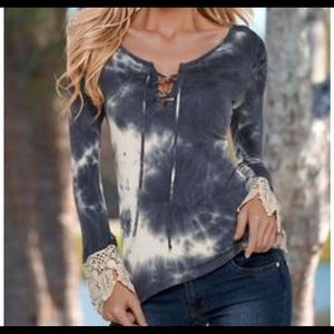 Soft Tie Dye Lace Sleeved Blouse